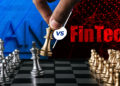 Lucha en tablero de ajedrez con letrero de banco contra fintech en fondo digital. Composición por CriptoNoticias. starline / freepik.com; starline / freepik.com; rawf8 / elements.envato.com; jcomp / freepik.com.