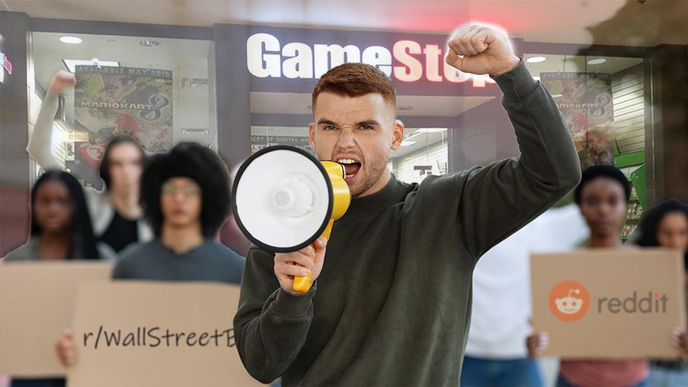 Jóvenes protestan con carteles con logo de Reddit y tienda de GameStop en el fondo. Composición por CriptoNoticias. Mike Mozart / flickr.com; Reddit / wikipedia.org; Prostock-studio / elements.envato.com.