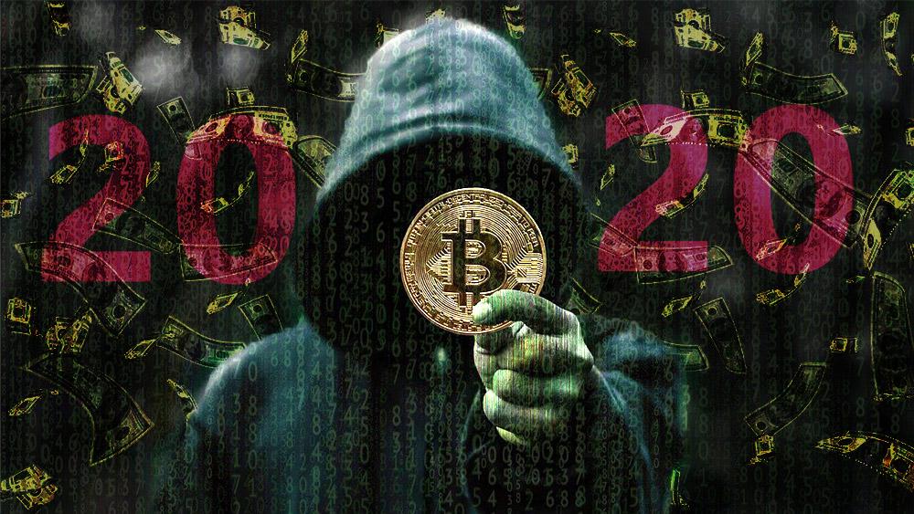 Hacker sostiene moneda de Bitcoin con billetes de dólar cayendo en el fondo. Composición por CriptoNoticias. AaronJOlson / pixabay.com; Patrick Pascal Schauß /  Pixabay.com.