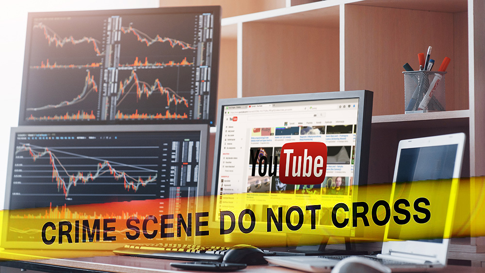 Cinta policial en frente de escritorio de trader con pantalla de inicio de youtube en pantalla. Composición por CriptoNoticias. zfijr / piqsels.com; geralt / pixabay.com; mstandret / elements.envato.com.