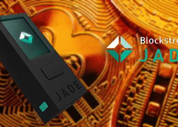 Monedero Jade de Blockstream frente a monedas de Bitcoin. Composición por CriptoNoticias.  Blockstream / blockstream.com; Sonyachny / elements.envato.com.