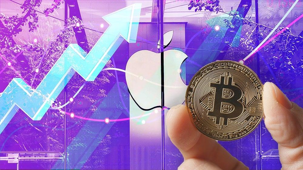 Hombre sostiene moneda de Bitcoin en frente de edificio de Apple con gráfico alcista superpuesto. Composición por CriptoNoticias. leungchopan / elements.envato.com; tartila / freepik.com; zhang kaiyv / pexels.com.