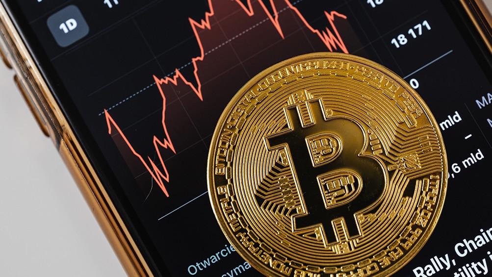 caida precio bitcoin mercado criptomonedas corección precio