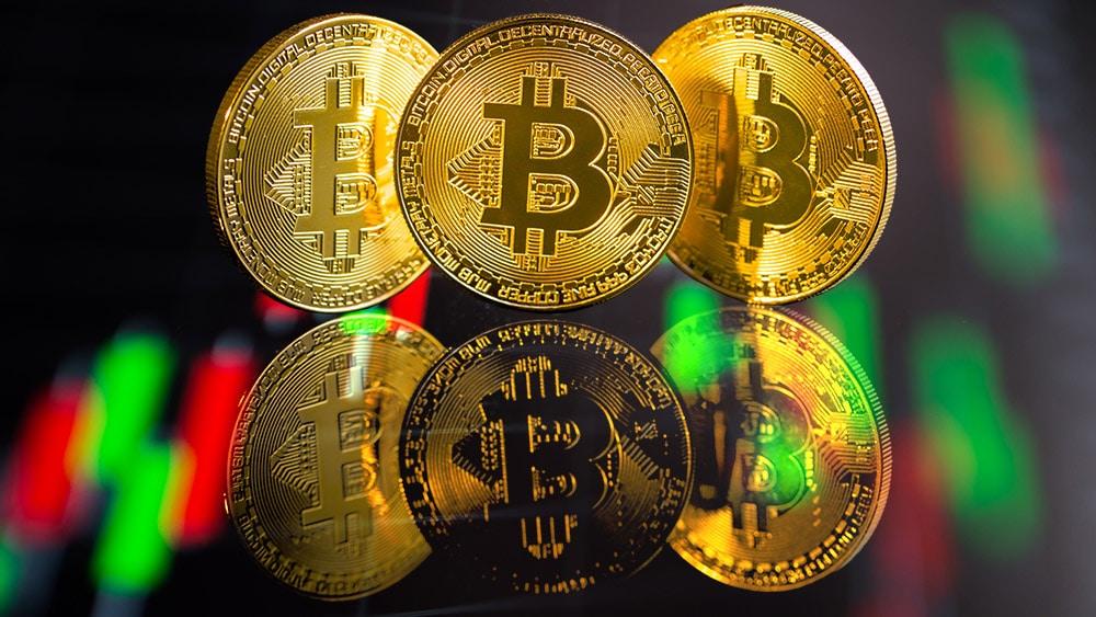 analista predice aumento precio bitcoin liquidación contratos derivados