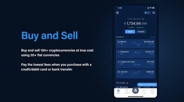Teléfono con la app de compra y venta de criptos en pantalla