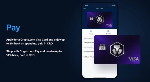Servicio de pago en comercios de la app de Crypto.com en teléfono móvil y tarjeta de crédito