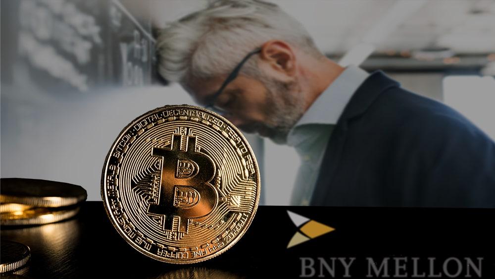 BNY Mellon reporta bajos rendimientos de su inversión en el oro. Composición por CriptoNoticias. Jcomp / elements.envato.com; BNY Mellon / wikipedia.org; halfpoint / elements.envato.com.