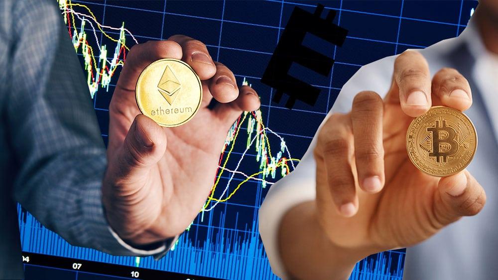 Dos hombres sosteniendo una bitcoin y un ether sobre gráfico bursatil con logo de Econometrics.