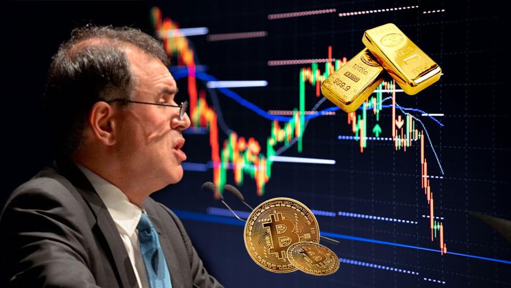 Roubini y gráfico con lingotes de oro arriba y bitcoins abajo.