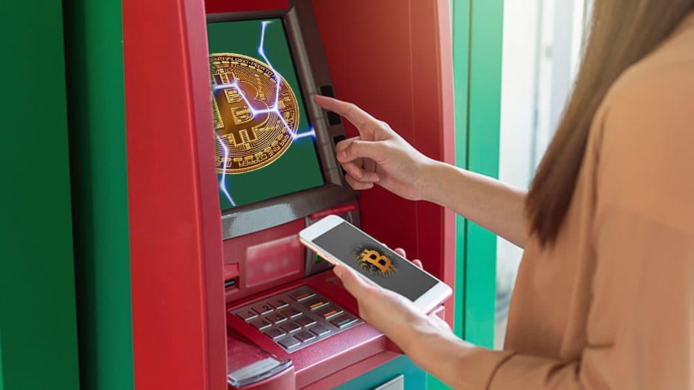 Cajero con bitcoins.
