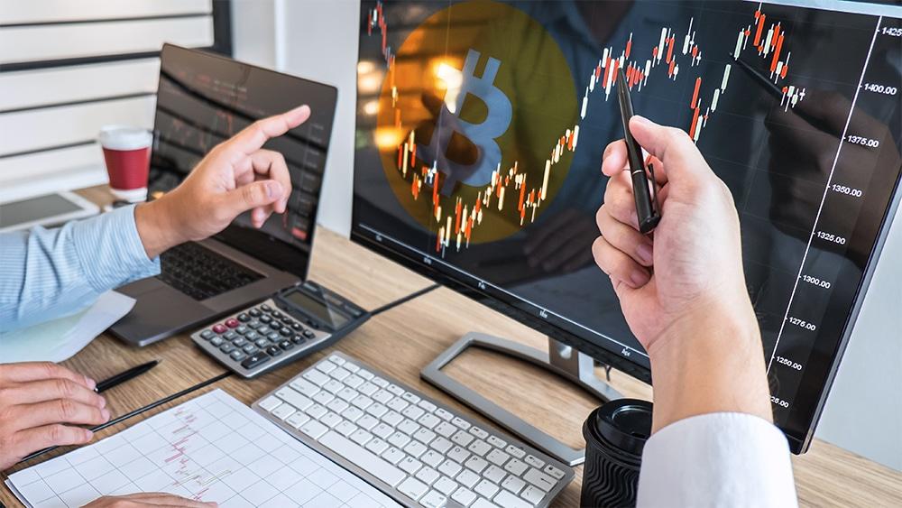 caida precio criptomoneda bitcoin disminución hashrate jueves negro