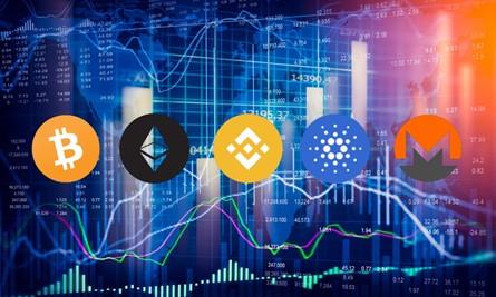 Monedas digitales frente a gráfico de precios