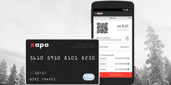 Tarjeta de XAPO y app en el teléfono.