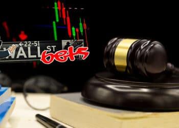 Maso de juez con logo de Wall ST Bets.