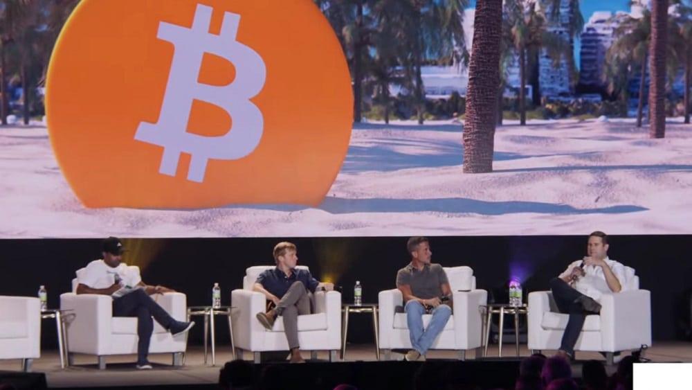 adopción bitcoin panel Imaginando el mundo hiper bitcoinizado bitcon conference 2021