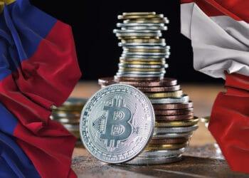 Bitcoin con bandera de Perú y Colombia.