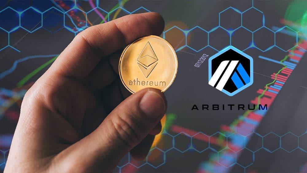 Ethereum y logo de Arbitrum sobre gráfico bursatil.