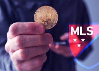 jugador futbol toronto pasa salario bitcoin envio dinero
