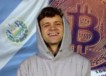 Jack Mallers entre bitcoin y bandera de El Salvador.