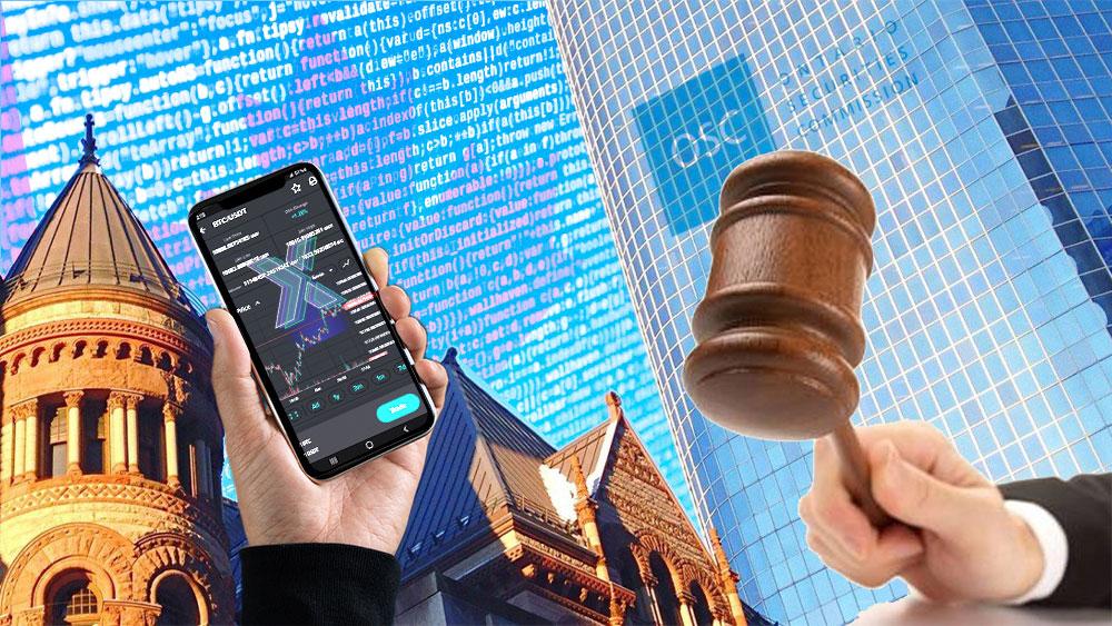 Sede de la OSC con su logo y mazo de juez con mano sosteniendo teléfono en pantalla la app de Polinex con su logo.
