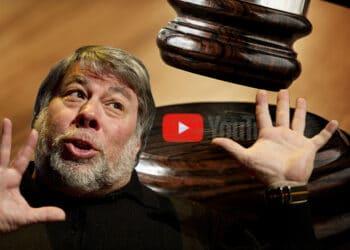Wozniak, maso de juez y logo de Youtube.