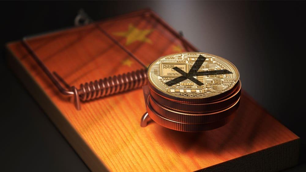 Trampa de ratones con pila de Yuan digitale y bandera de China.