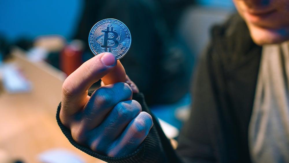 Hacker y bitcoin.