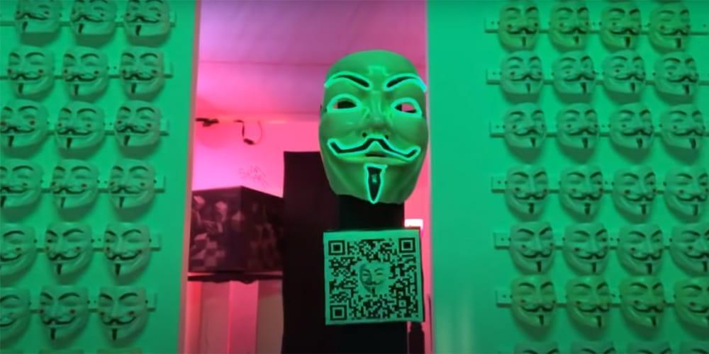 museo bitcoin privacidad blockchain expresada mascaras anonimous