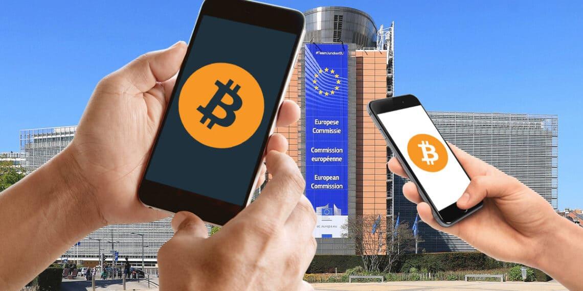 Sede de la Comisión europea y teléfonos con logo de bitcoin.