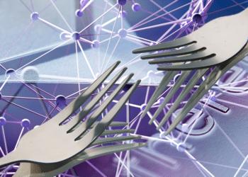 Un par de tenedores con redes y logo de Ethereym.