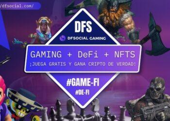 Personajes animados de videojuegos con pancarta promocional de DFS al centro