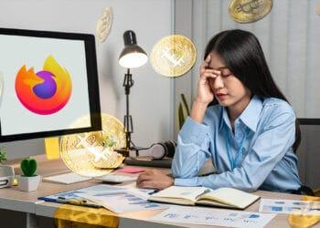 Persona triste frente a logo de Firefox con BTC flotantes.