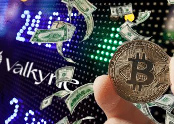 La firma de servicios financieros de bitcoin y criptomonedas Valkyrie Funds se convirtió en la segunda en lanzar un ETF en Wall Street.  Composición por CriptoNoticias. Fuentes:  leungchopan /  elements.envato.com  ;  pngegg.com  ;  valkyrieinvest.com  ;  leungchopan  /  elements.envato.com .